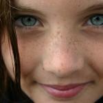 סיפורי חכמה - מוניקה והילדה הקטנה