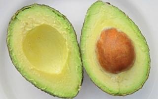 מזון וסטרס: 7 מזונות בריאים שיעזרו לך להירגע